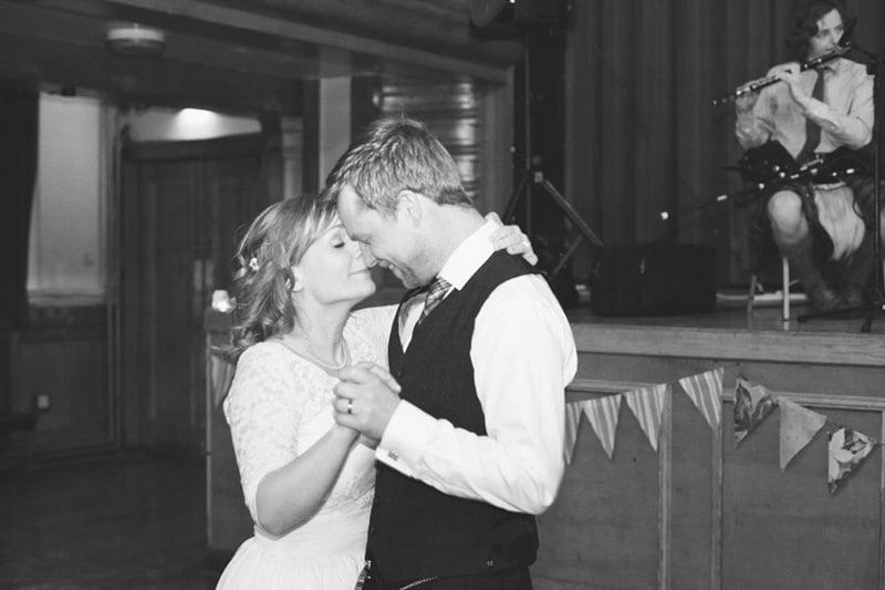 Jenny+Lee_unique_quirky_alternative_wedding_photography_glasgow-119