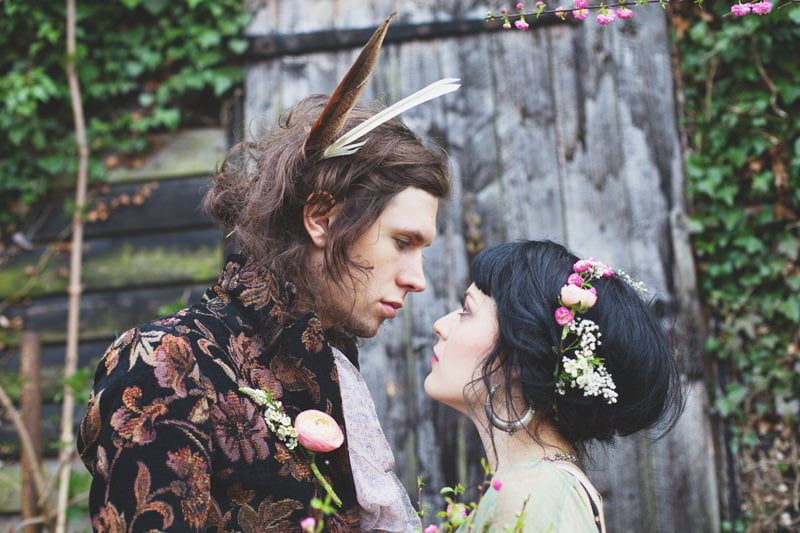 spirit_beltane_styled_shoot_quirky_unique_contemporary_wedding_couples_engagement_photography-04