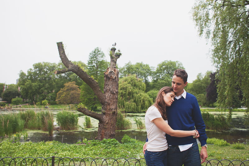 quirky_alternative_engagement_pre-wedding_photography_London-Kate+Giles-29