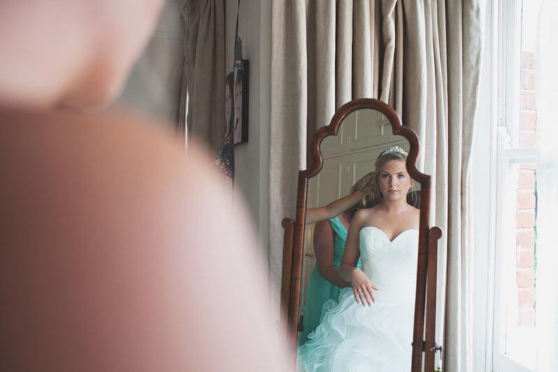 Olivia+Lekai_quirky_natural__creative_alternative_wedding_photography_London_Maureen_Du_Preez-017