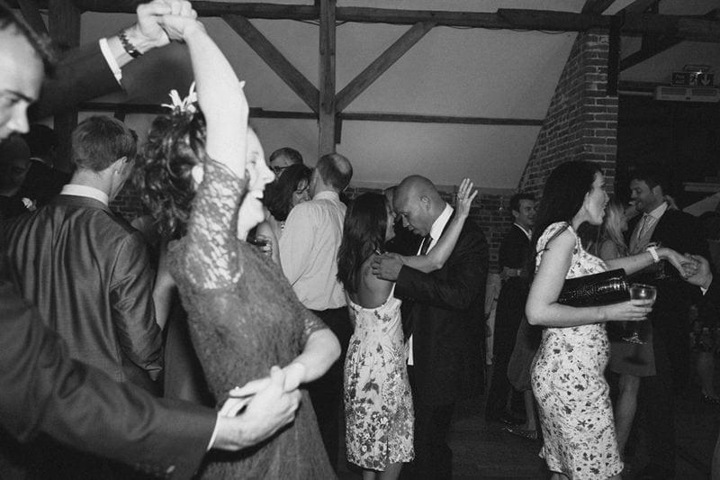 Kate+Giles_Previews_Wasing_Park_Natural_Quirky_Wedding_Photography_Maureen_Du_Preez-17
