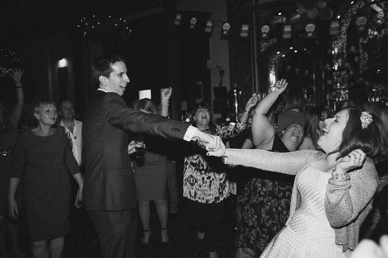 Quirky_London_Pub_Wedding-07
