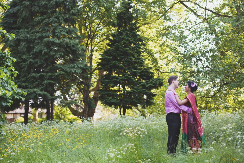 Quirky_Natural_Artistic_Glasgow_Wedding_Photography_Maureen_Du_Preez-041