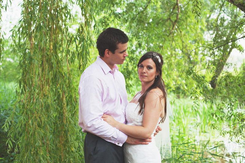 Quirky_Natural_Artistic_Glasgow_Wedding_Photography_Maureen_Du_Preez-057