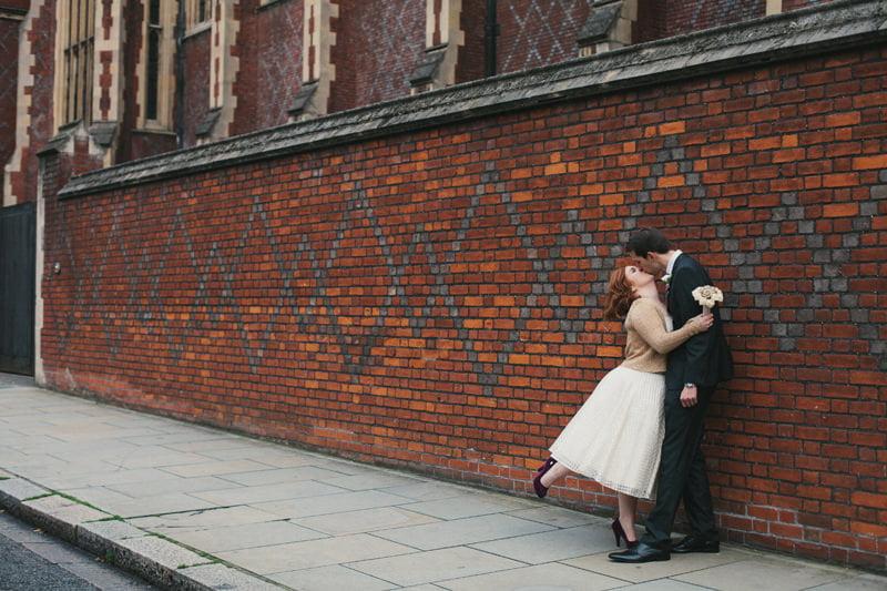 Quirky_Natural_London_Pub_Wedding_Photography_Maureen_Du_Preez-052