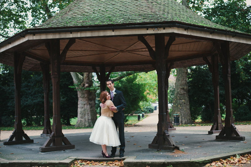 Quirky_Natural_London_Pub_Wedding_Photography_Maureen_Du_Preez-067