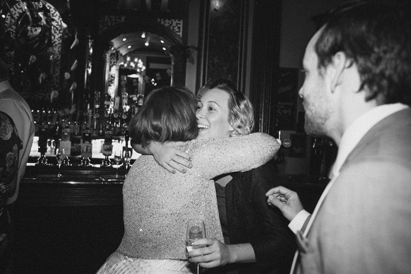 Quirky_Natural_London_Pub_Wedding_Photography_Maureen_Du_Preez-089