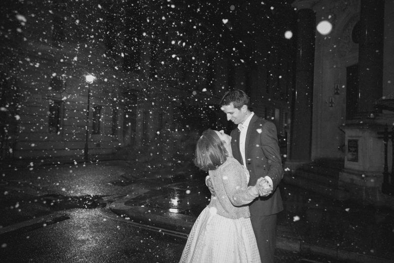 Quirky_Natural_London_Pub_Wedding_Photography_Maureen_Du_Preez-138