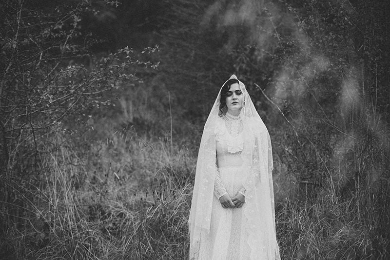 artistic_organic_bridal_forest_photography-58