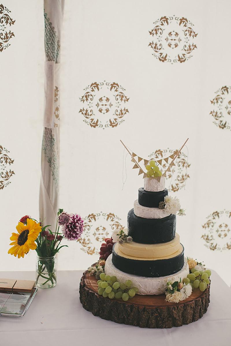 artistic_organic_forest_wedding_photography-065