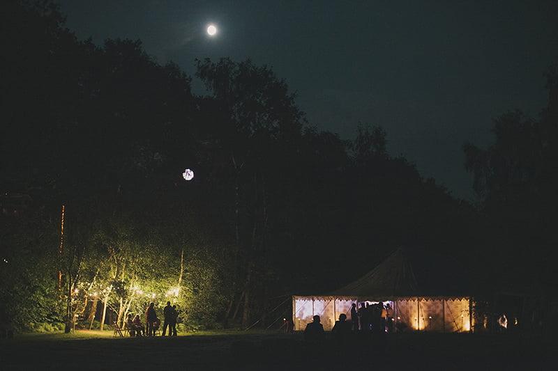artistic_organic_forest_wedding_photography-140