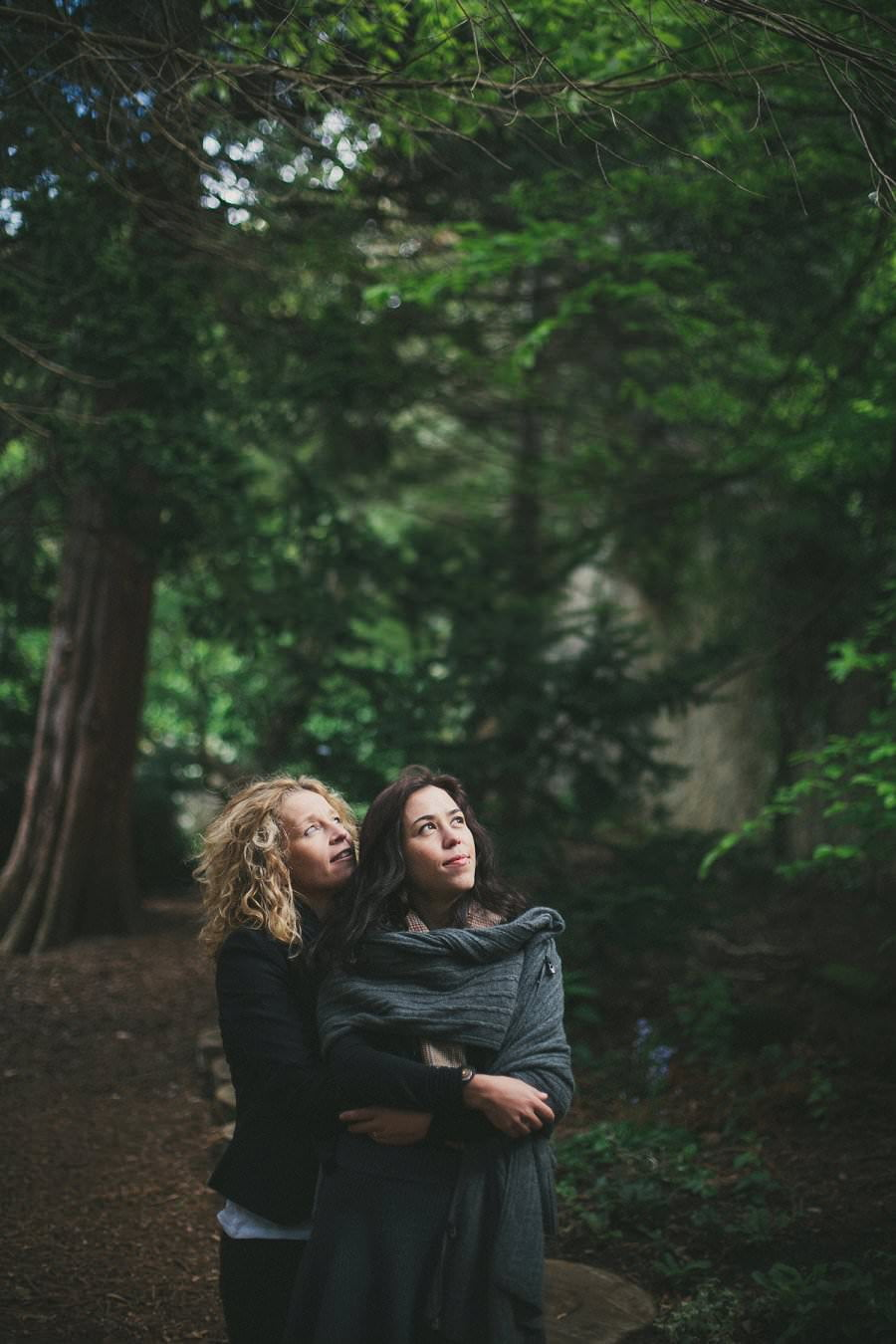 artistic-pre-wedding-engagement-photography-glasgow-pollok-park27
