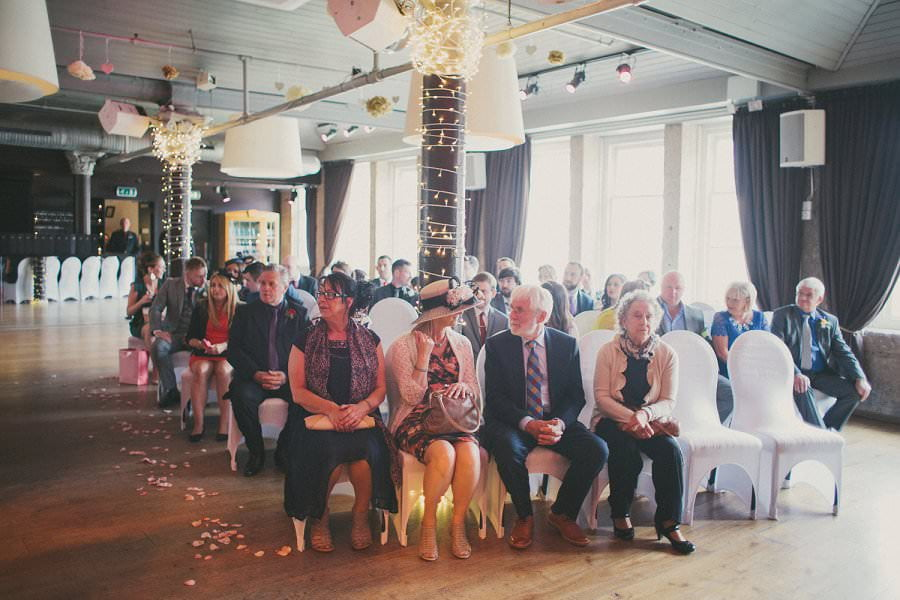 29-glasgow-artistic-wedding-photography-24