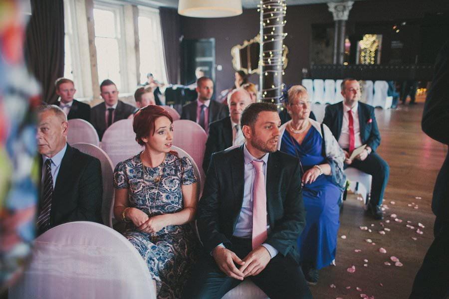 29-glasgow-artistic-wedding-photography-26