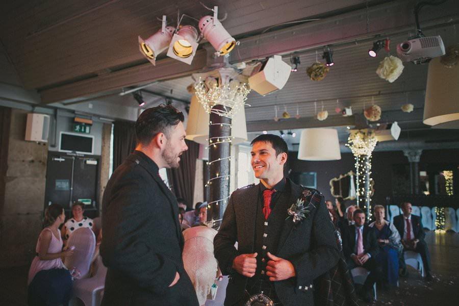 29-glasgow-artistic-wedding-photography-29