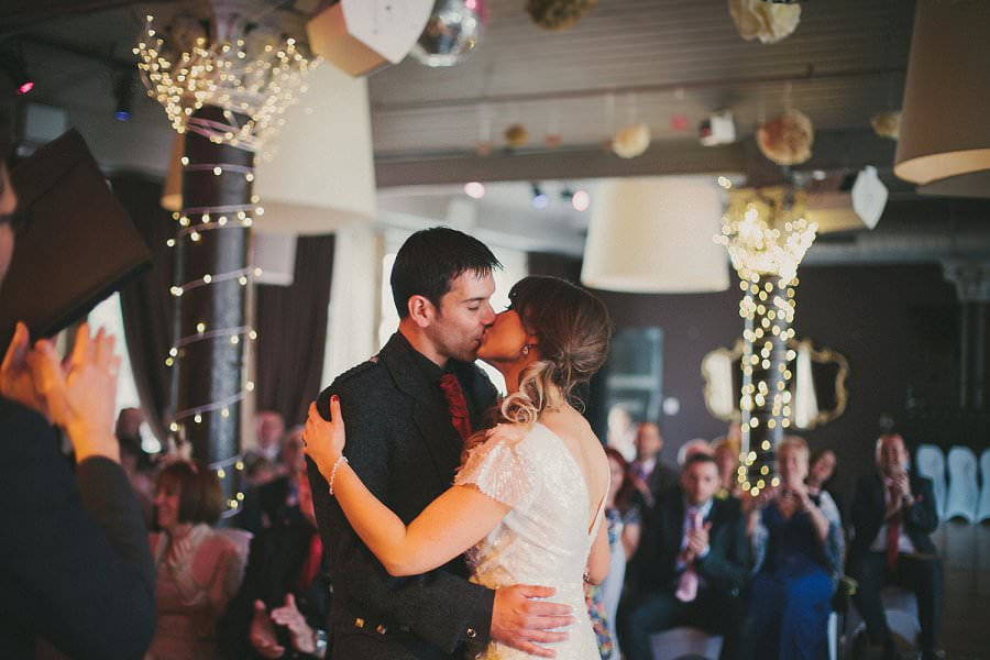 29-glasgow-artistic-wedding-photography-34