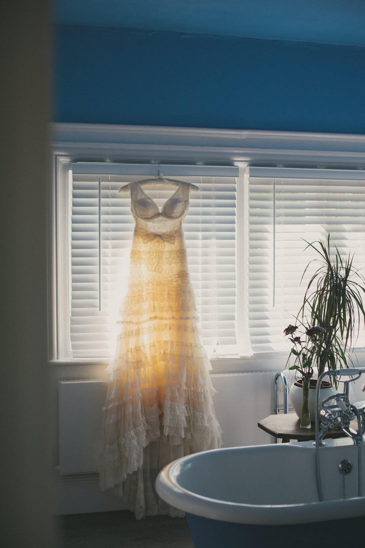 artistic-natural-wedding-photography-cambridge-005