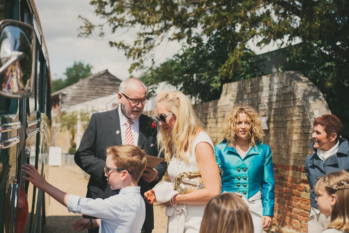 artistic-natural-wedding-photography-cambridge-015