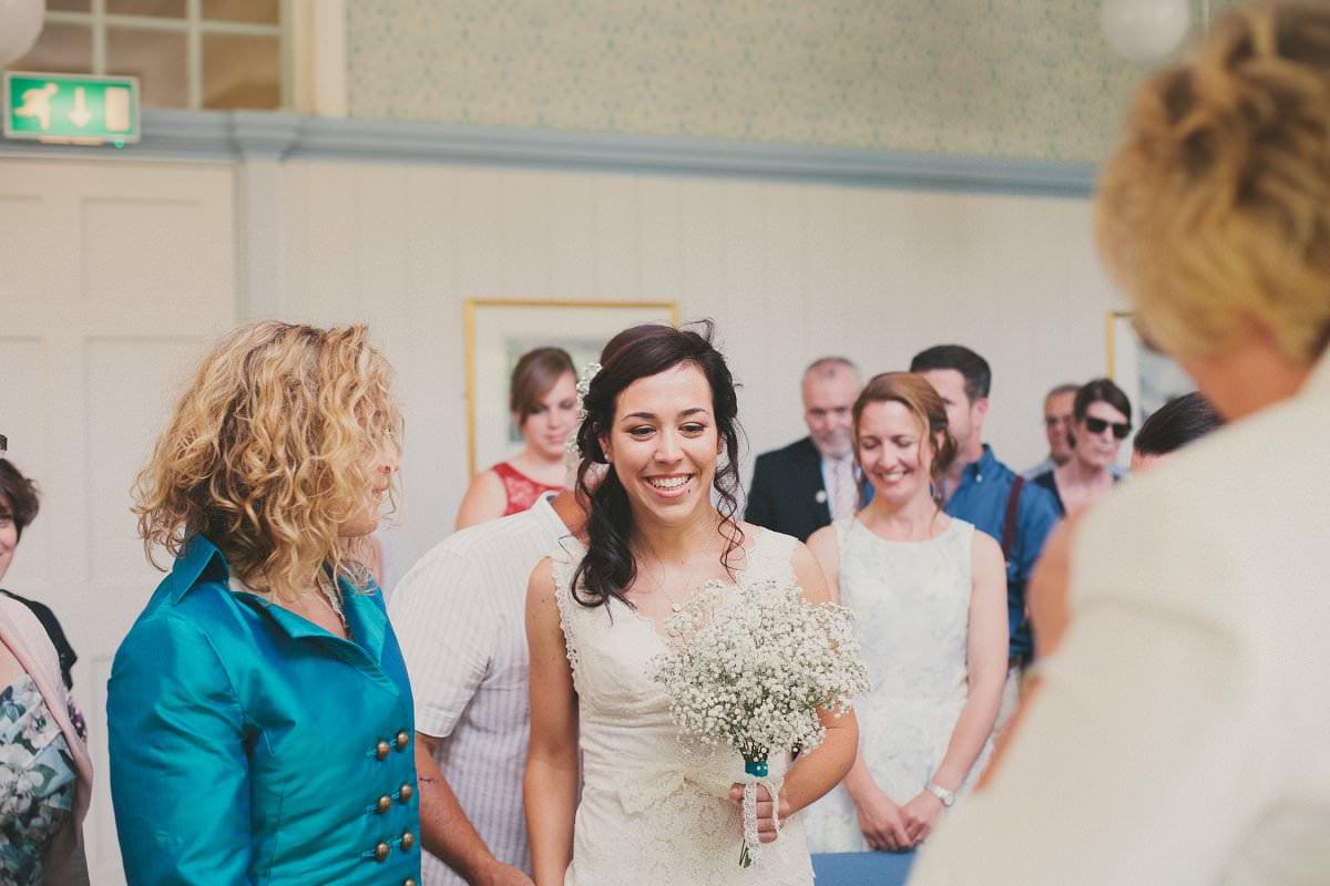 artistic-natural-wedding-photography-cambridge-028