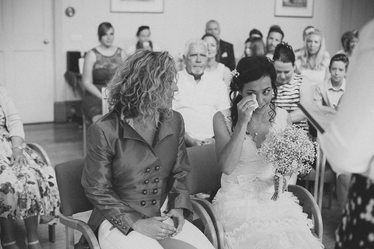 artistic-natural-wedding-photography-cambridge-029