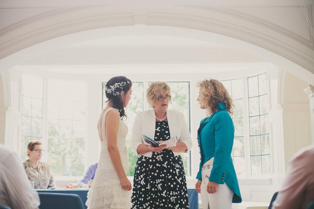 artistic-natural-wedding-photography-cambridge-032