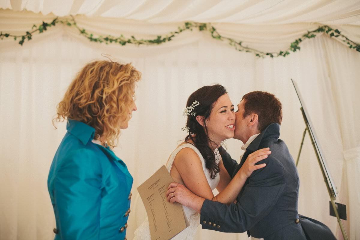 artistic-natural-wedding-photography-cambridge-057