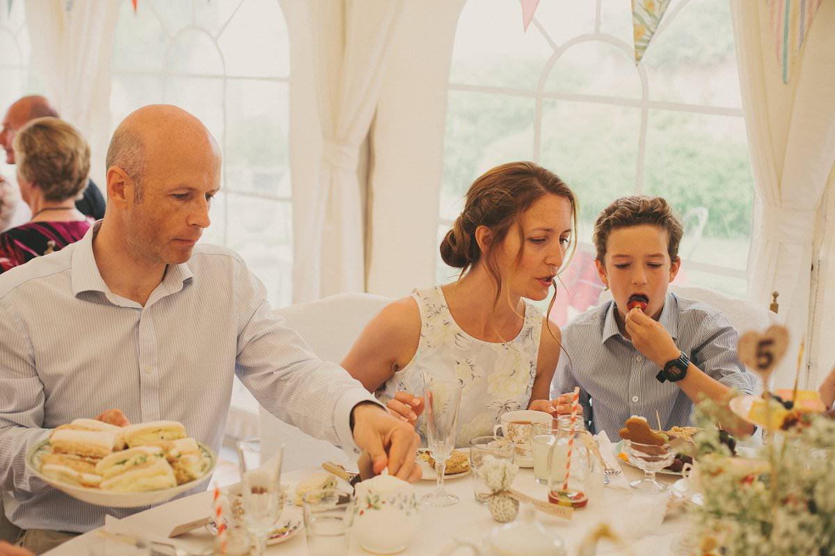 artistic-natural-wedding-photography-cambridge-088