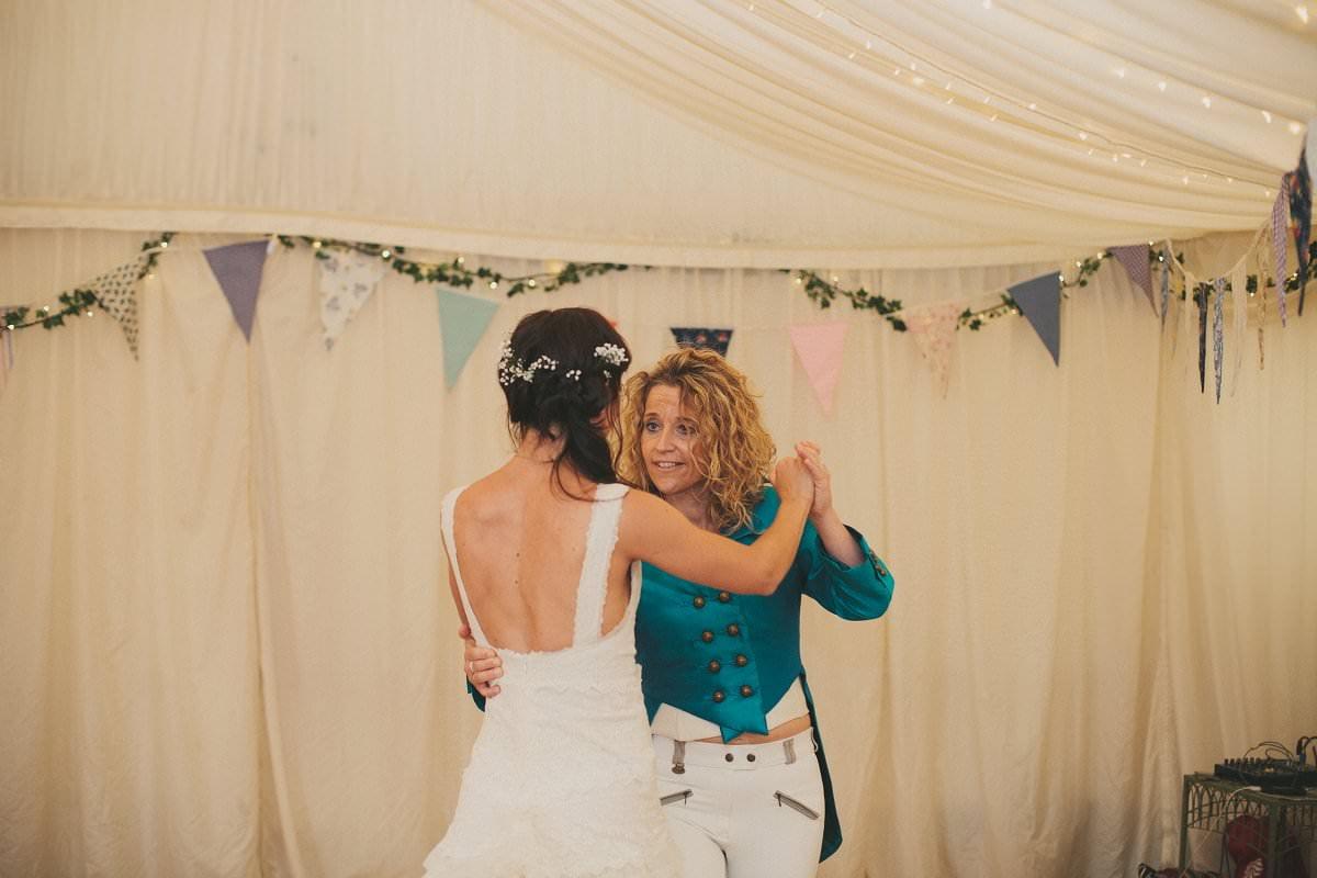 artistic-natural-wedding-photography-cambridge-137