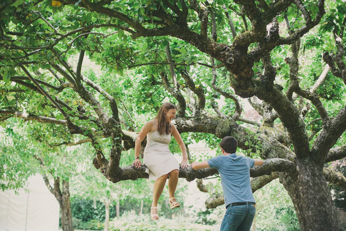 artistic-quirky-pre-wedding-engagement-photography-oxford-23