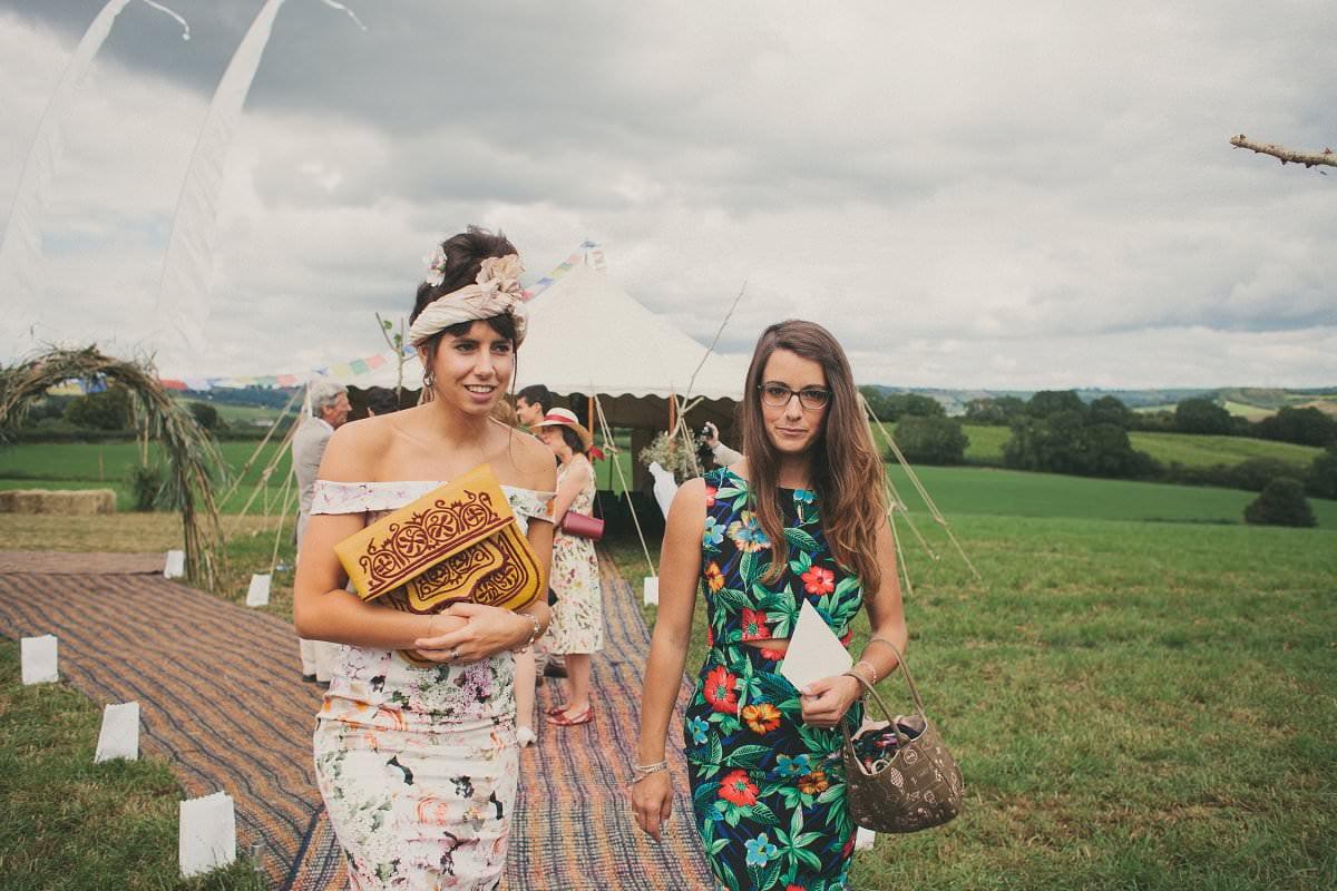 artistic-natural-wedding-photography-netherbury-dorset-019