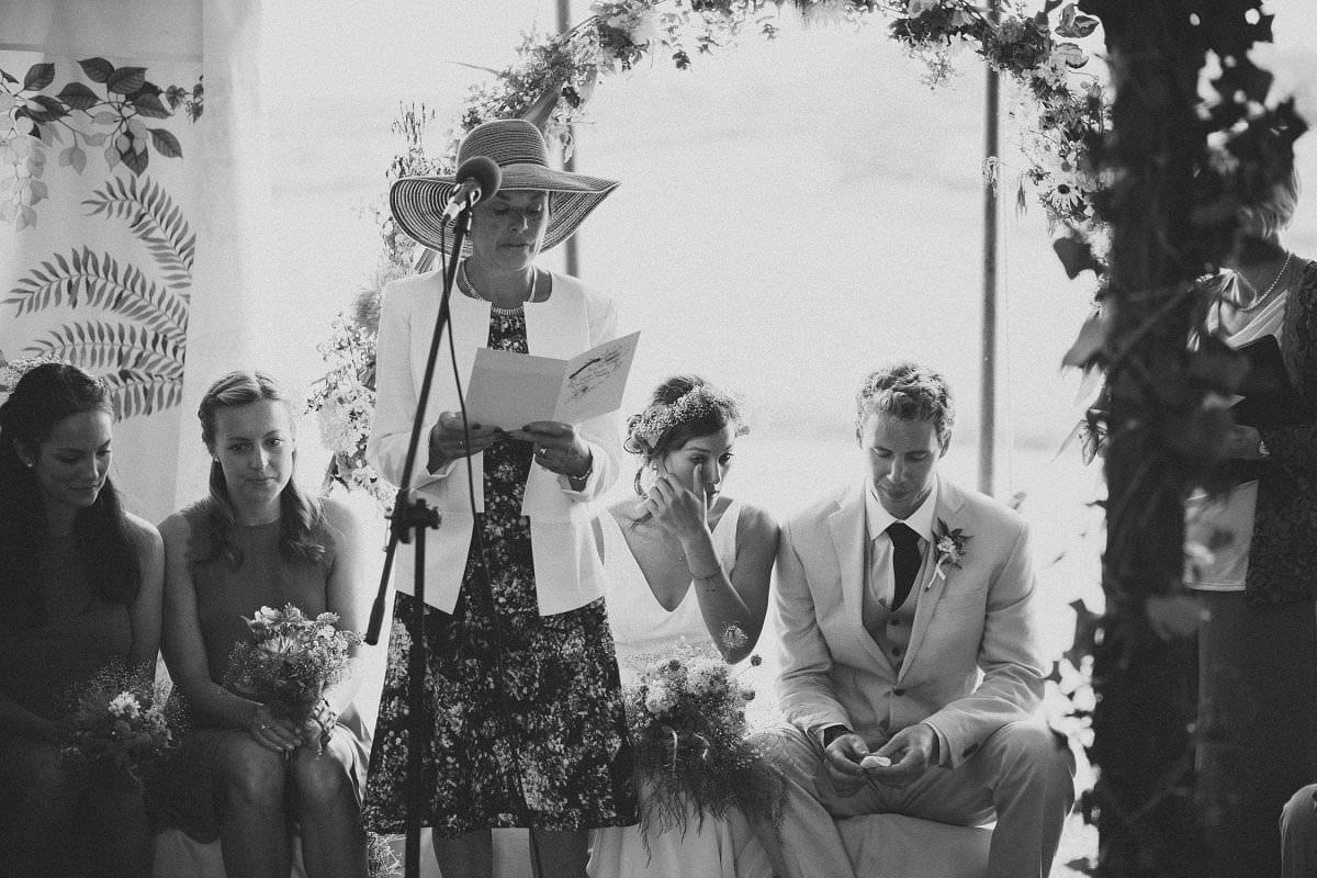 artistic-natural-wedding-photography-netherbury-dorset-039