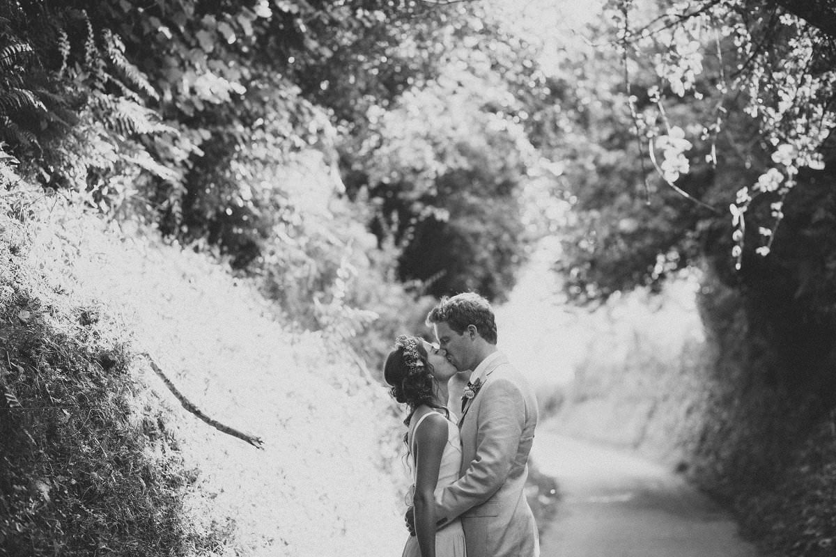 artistic-natural-wedding-photography-netherbury-dorset-084