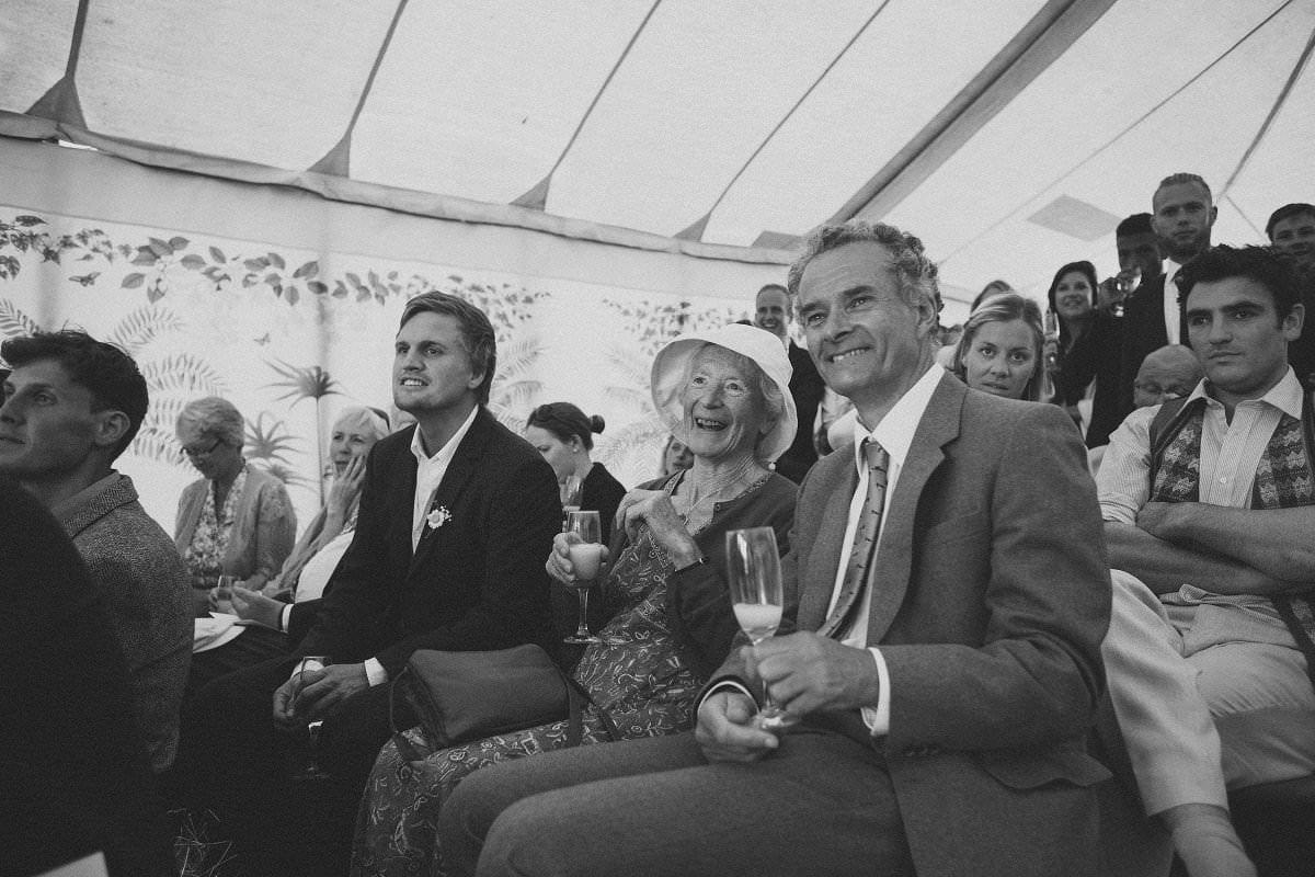 artistic-natural-wedding-photography-netherbury-dorset-087