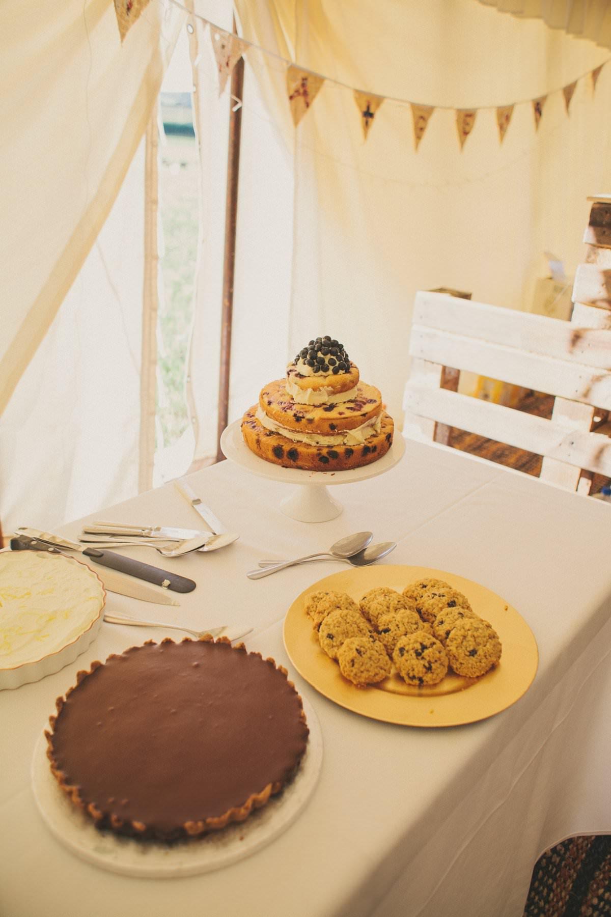 artistic-natural-wedding-photography-netherbury-dorset-106