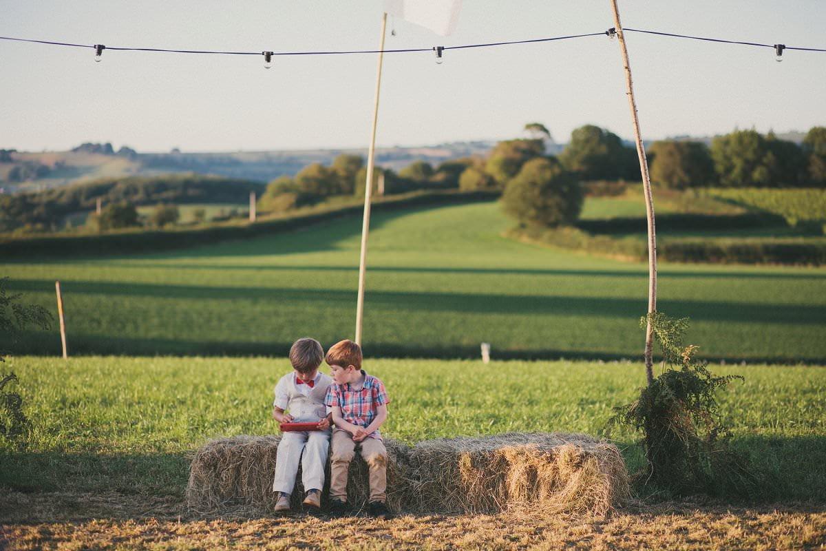 artistic-natural-wedding-photography-netherbury-dorset-121