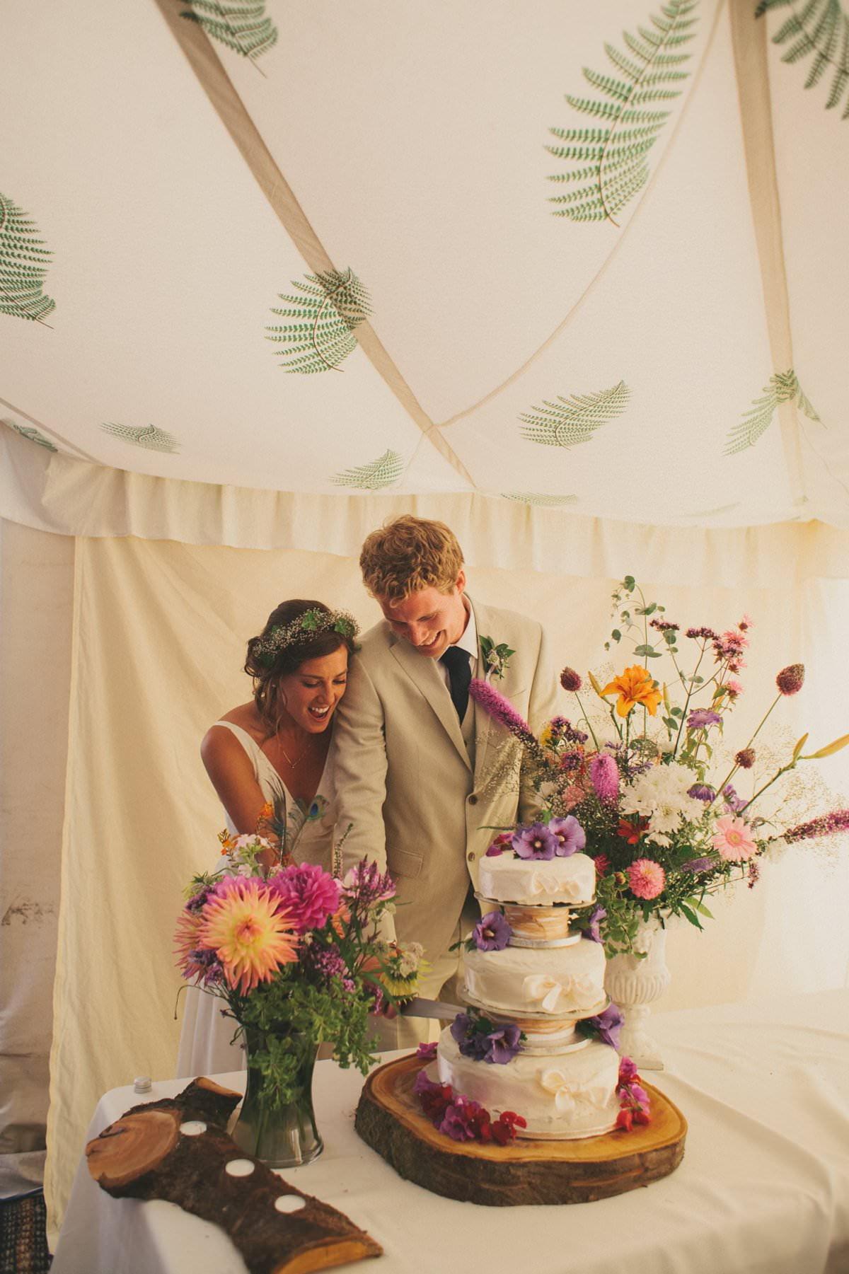 artistic-natural-wedding-photography-netherbury-dorset-122