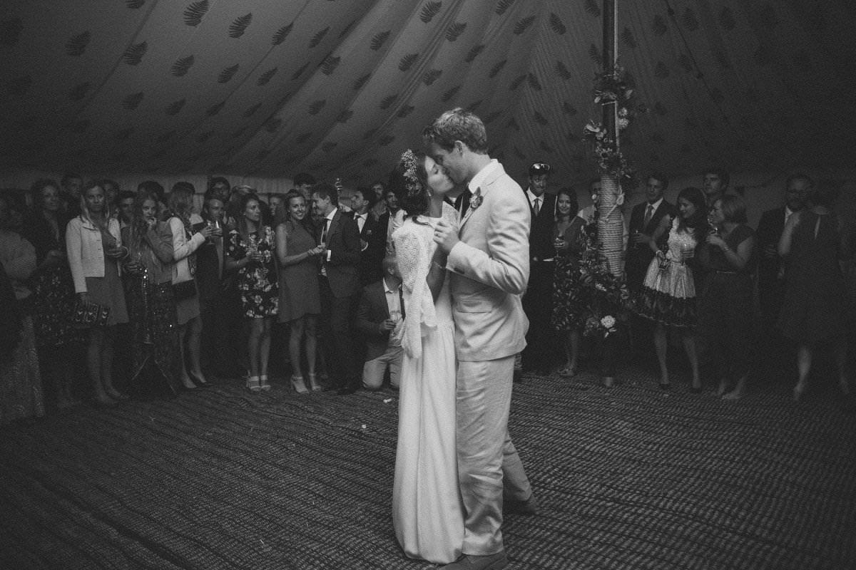 artistic-natural-wedding-photography-netherbury-dorset-138