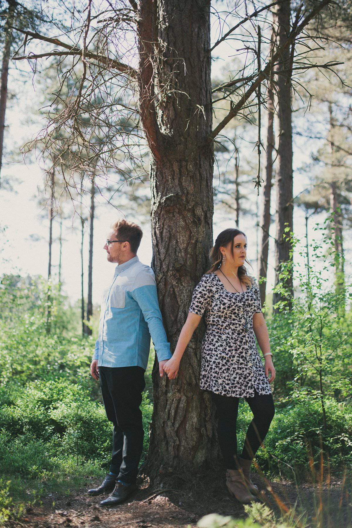 artistic-pre-wedding-photogaphy-devilla-forest-fife-edinburgh-15