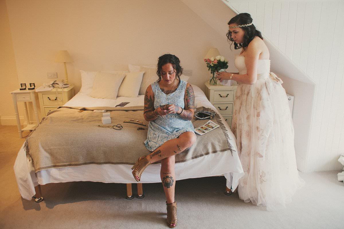 artistic-natural-wedding-elopement-photography-isle-arran-015
