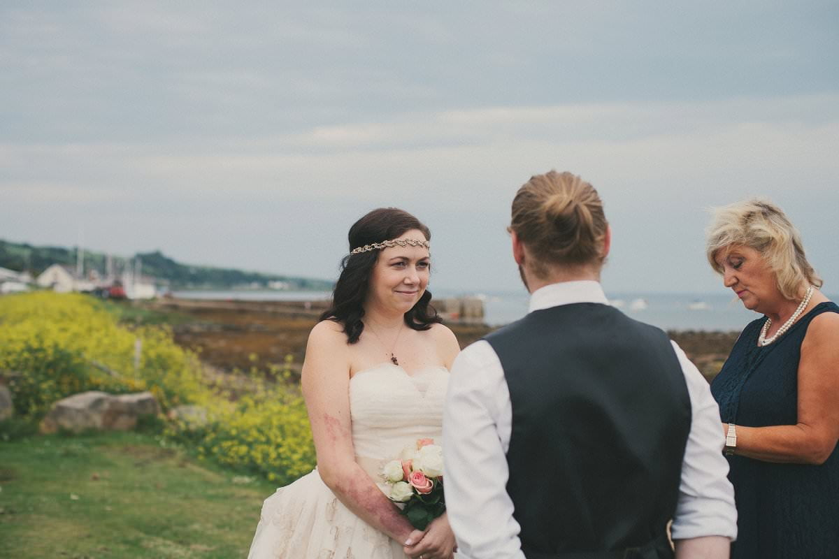 artistic-natural-wedding-elopement-photography-isle-arran-047