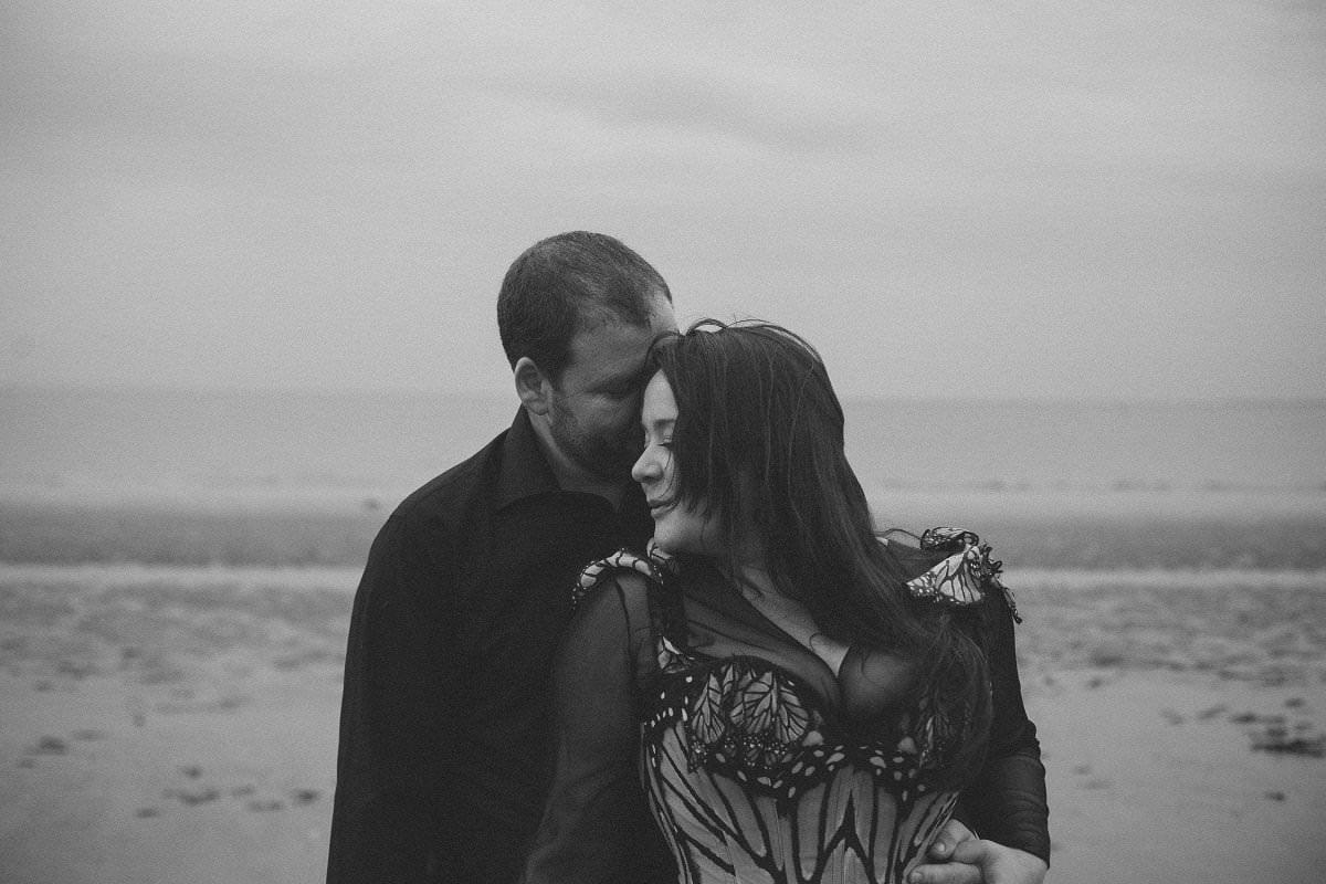 artistic-fine-art-engagement-pre-wedding-photography-portobello-30