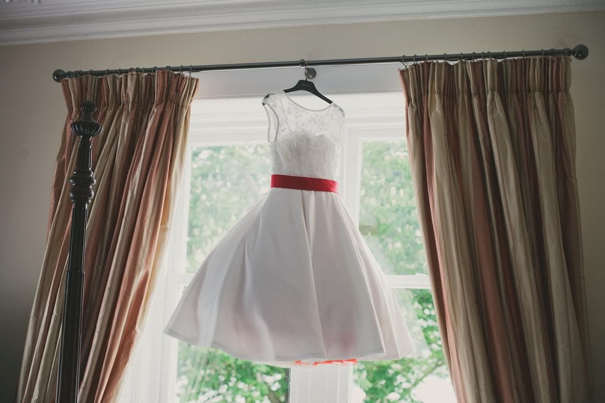 artistic-wedding-photography-altskeith-house-020