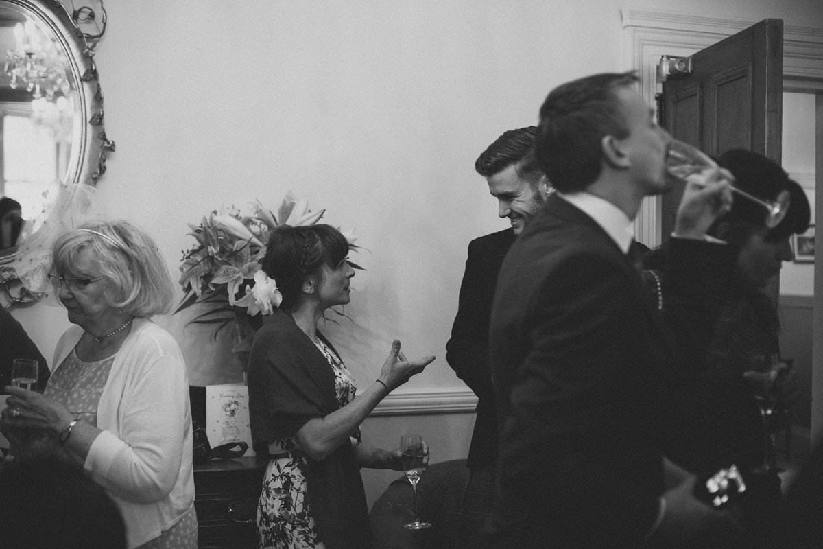 artistic-wedding-photography-altskeith-house-063