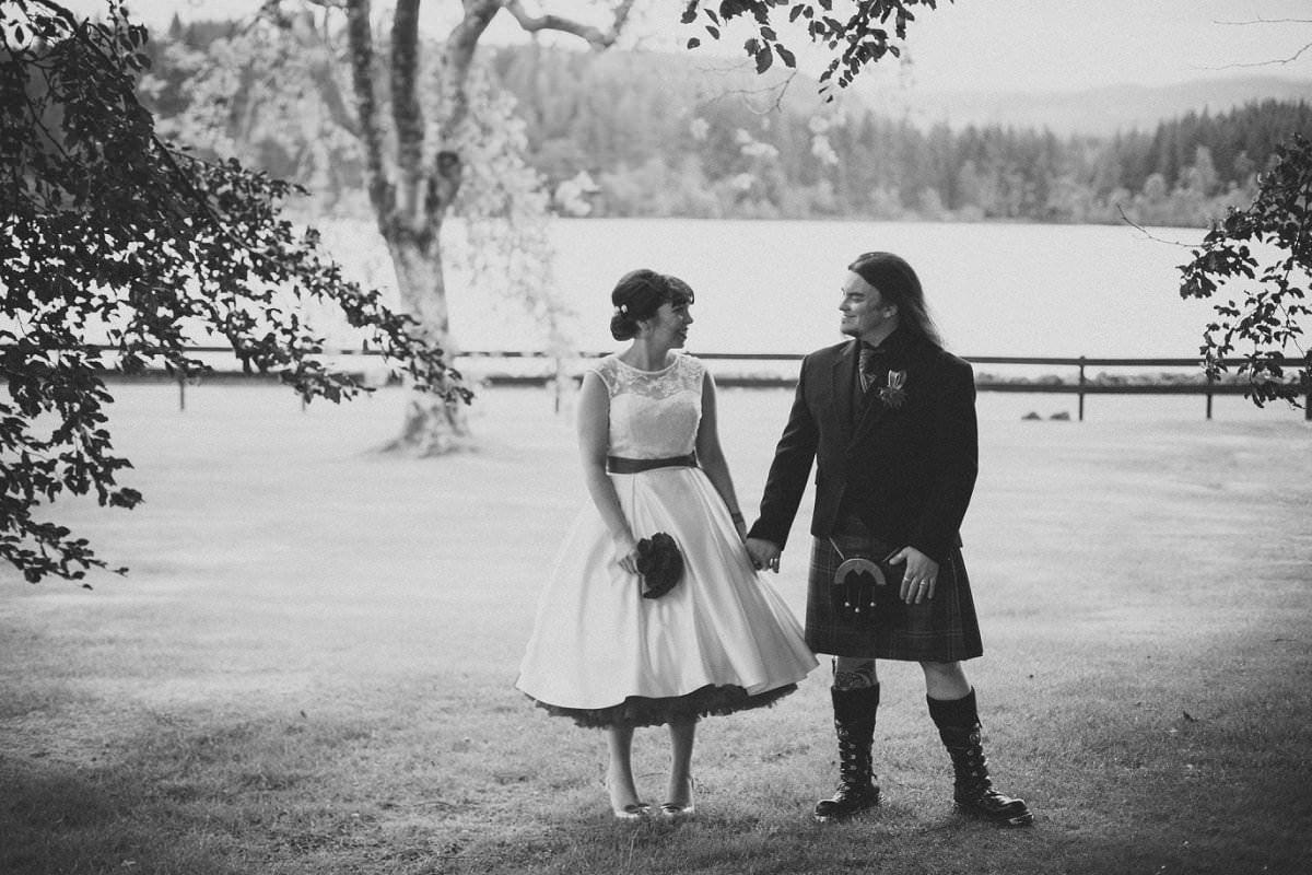 artistic-wedding-photography-altskeith-house-071