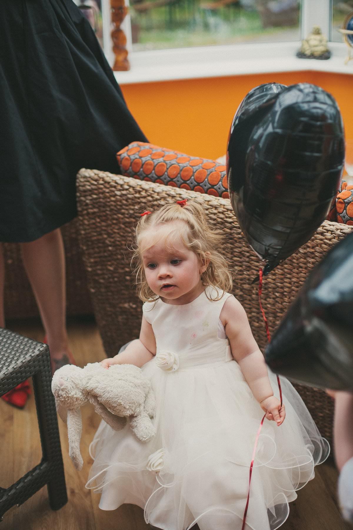 artistic-wedding-photography-altskeith-house-081
