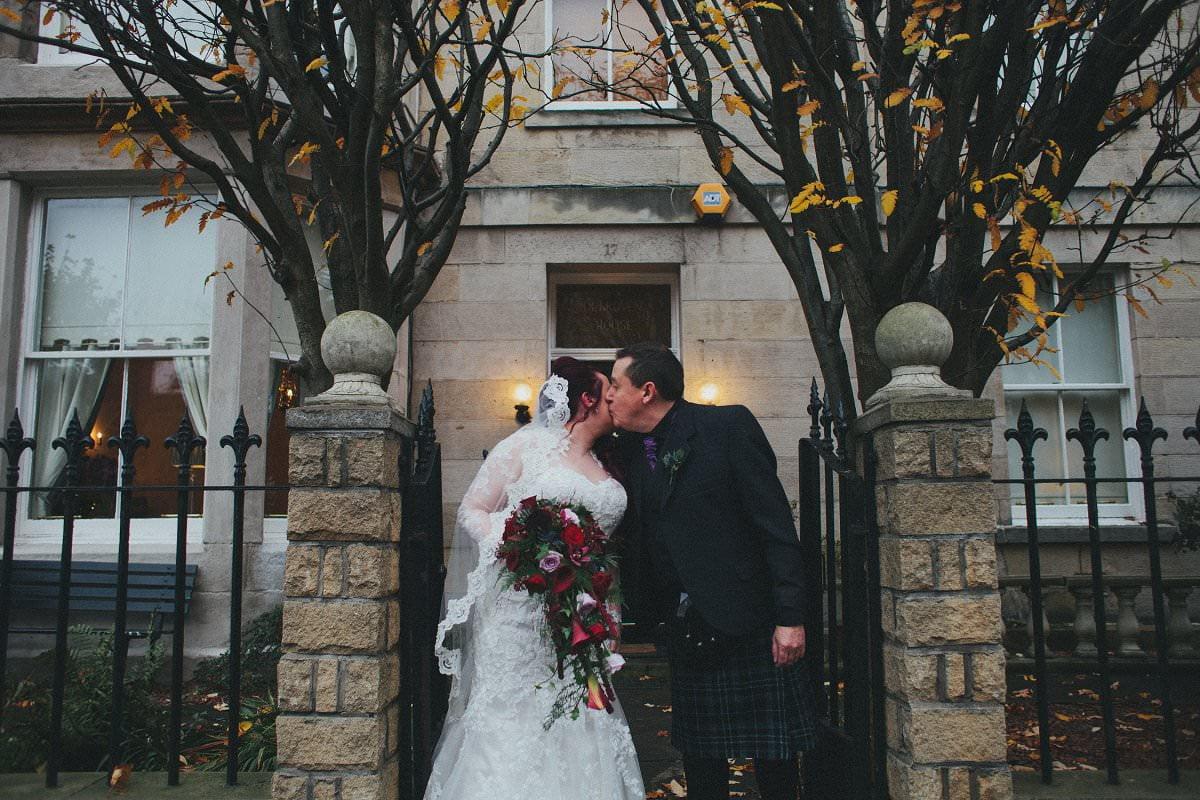 fine-art-wedding-photography-edinburgh-rosslyn-oxenfoord-castle-036