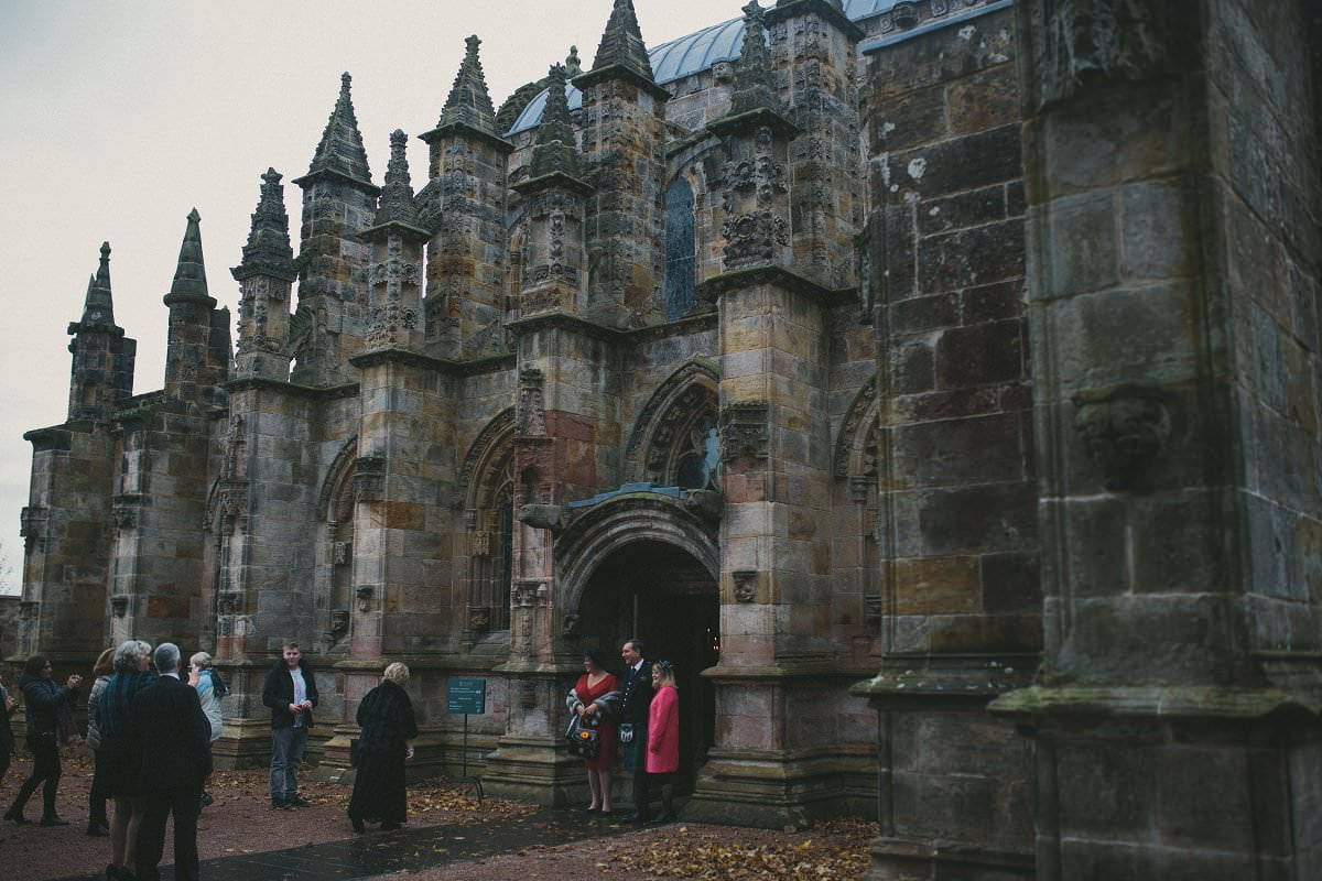 fine-art-wedding-photography-edinburgh-rosslyn-oxenfoord-castle-037
