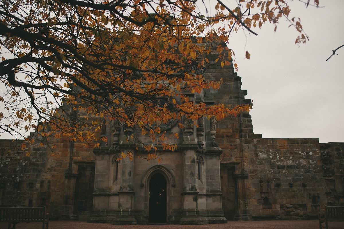 fine-art-wedding-photography-edinburgh-rosslyn-oxenfoord-castle-039