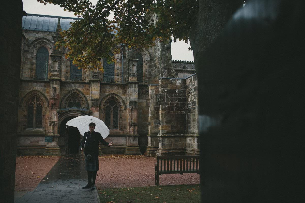 fine-art-wedding-photography-edinburgh-rosslyn-oxenfoord-castle-048