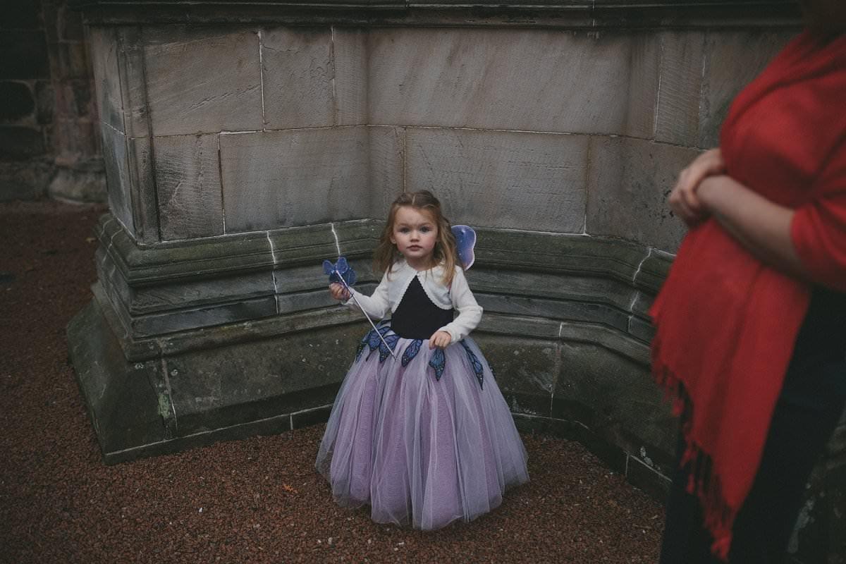 fine-art-wedding-photography-edinburgh-rosslyn-oxenfoord-castle-055